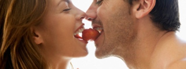 Food Foreplay 101: 7 Tips for Using Food in the Bedroom