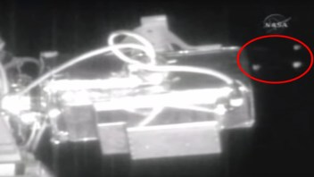 NASA Live Video Feed Cut (Again) As 6 UFOs Pass the International Space Station