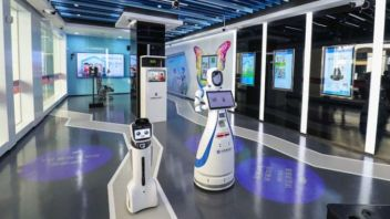 World's First Bank Entirely Run By Robots Opens Up In China