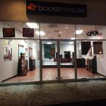 Cell phone store looted in St. Louis suburb