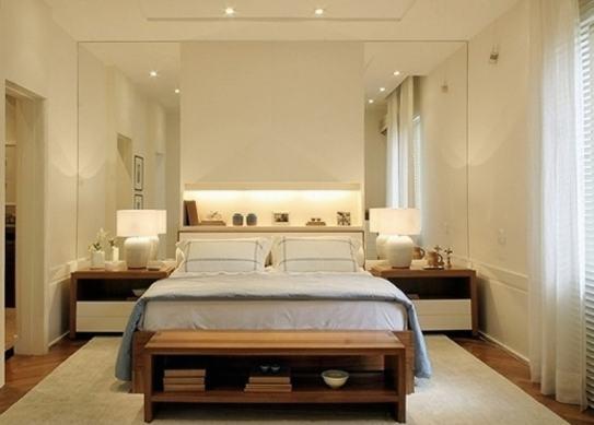 espelhos nas laterais da cama