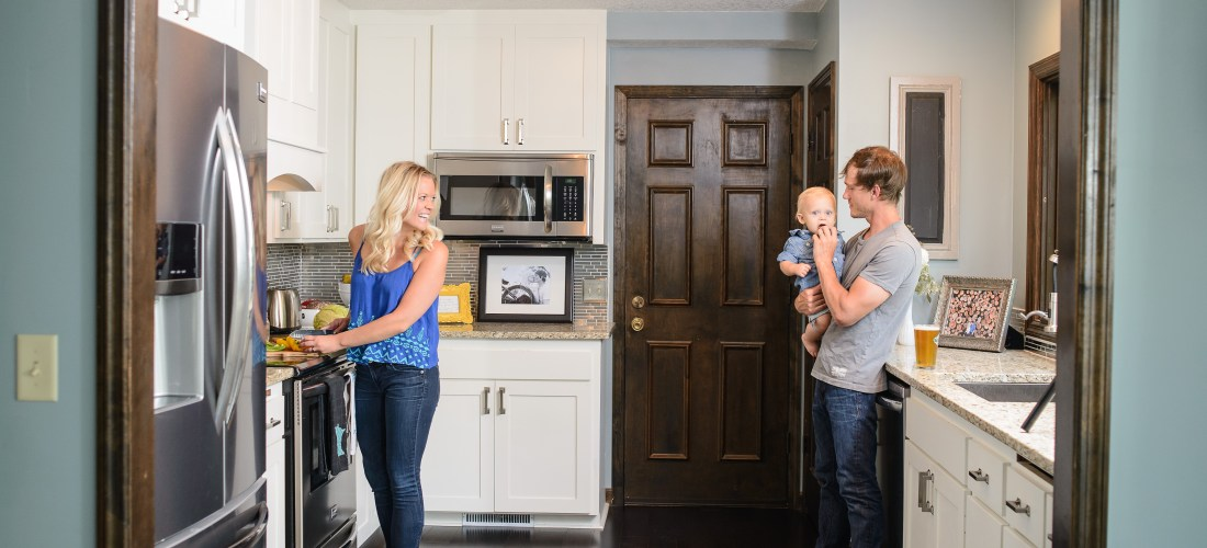 Lifestyle Family Photo-shoot in Kitchen | construction2style