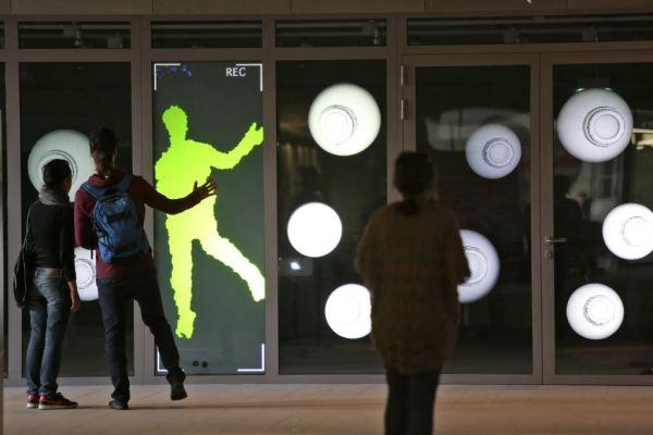 Random Eye Check: REC, Elektro Moon Vision – Popesz Csaba Láng (HU) + Elwira Wojtunik (PL) installation, 2014