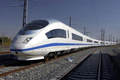 2-crh3-train