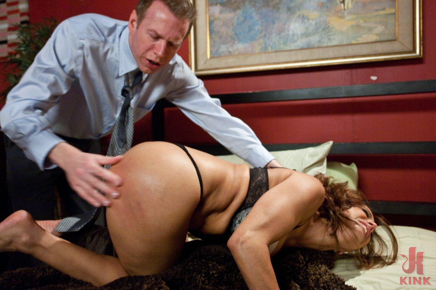 tom byron spanking