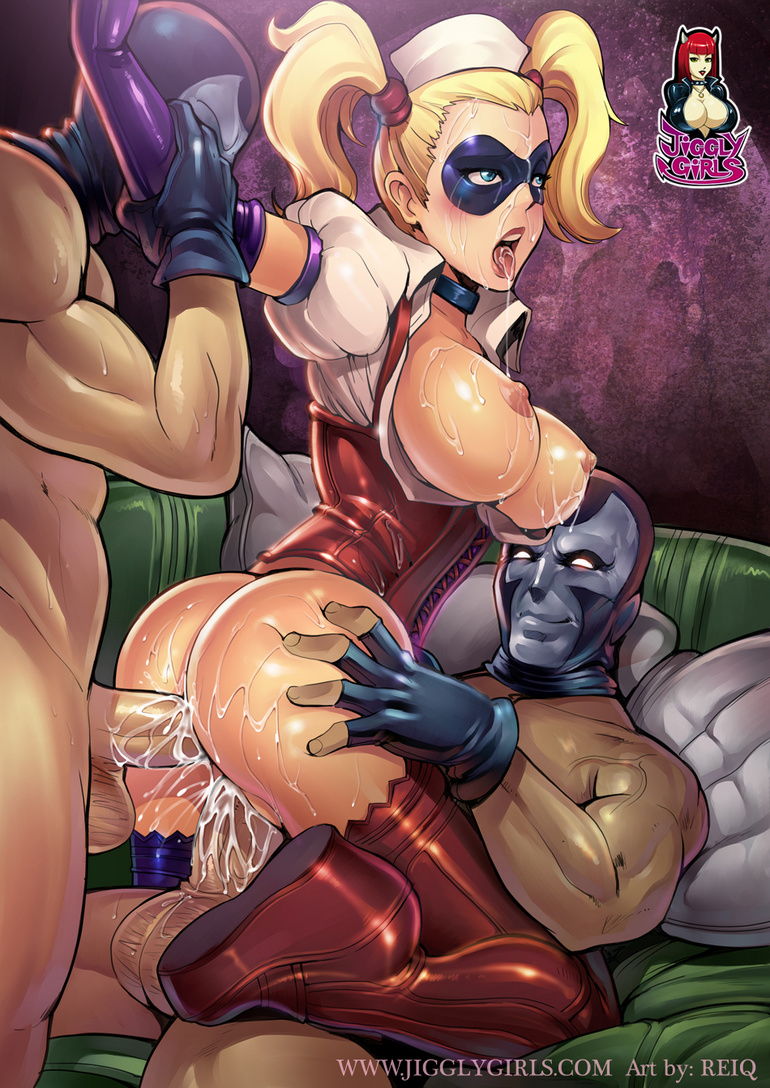 catwoman jiggly girl hentai