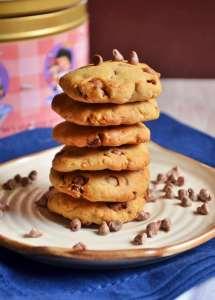 Eggless chocolate chip cookies recipe | Eggless choco chip cookies
