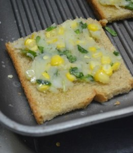 Corn potato open toast step 4
