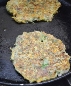 moong dal chilla step4