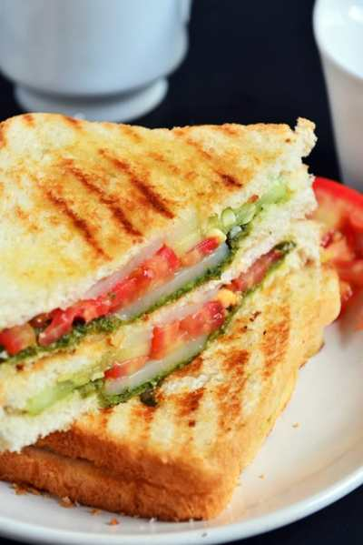 Bombay grilled sandwich recipe | Bombay sandwich recipe | Indian street food recipes