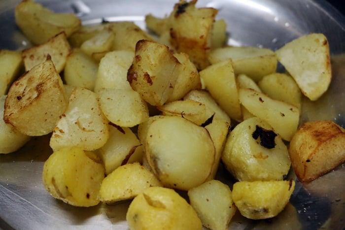 potato dum biryani step 5