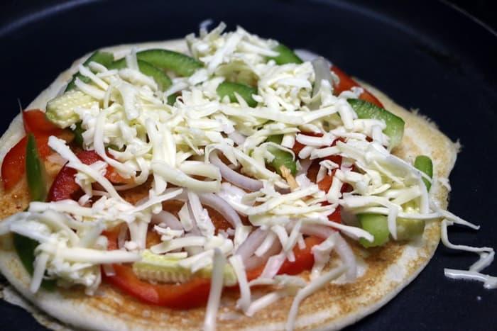 uthappam pizza step 5