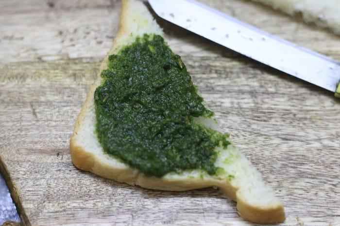 bread pakora recipe with pota stuffing step 4