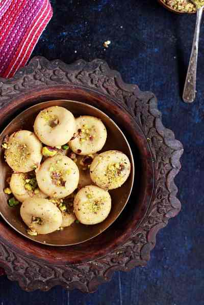 Amrit peda recipe | Pista stuffed peda recipe