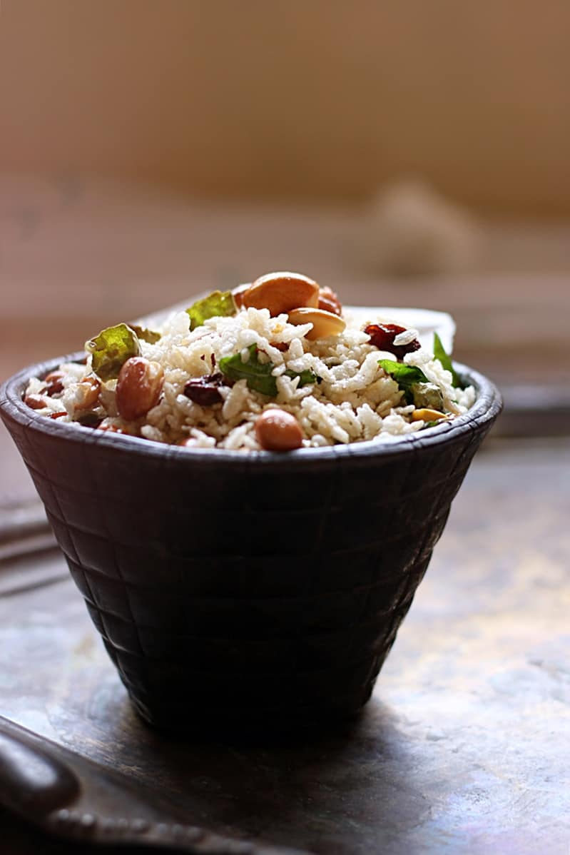 Poha chivda recipe no deep fry with detailed steps and images