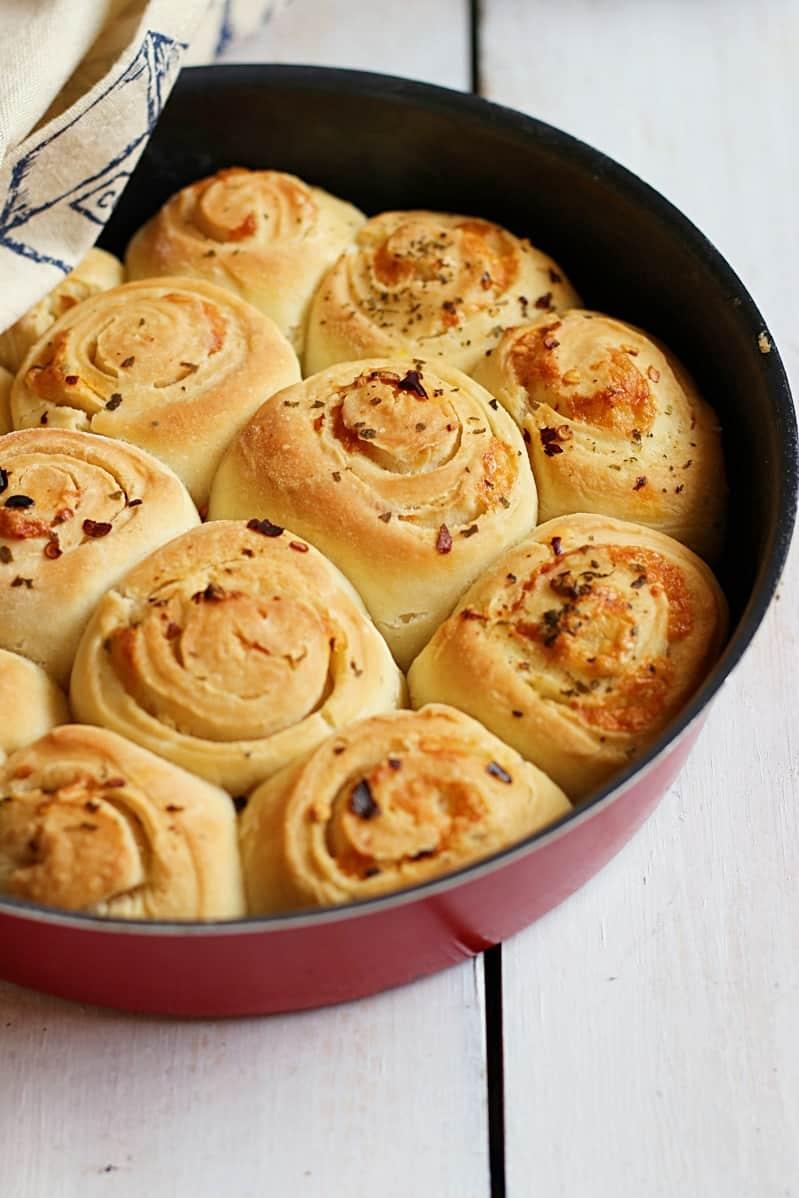 garlic rolls recipe b