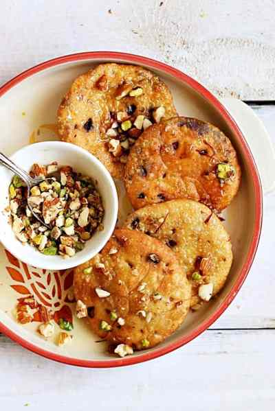 Mawa kachori recipe with instant mawa | Holi 2017 recipes