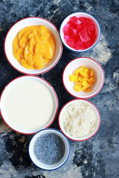 Mango falooda recipe | How to make easy mango falooda recipe