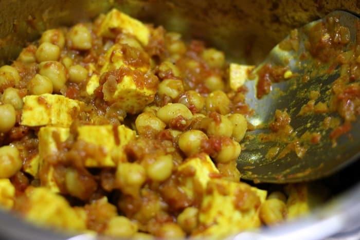 paneer chole recipe step 6