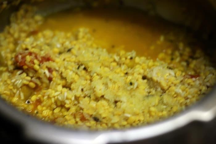 khichdi recipe step 4