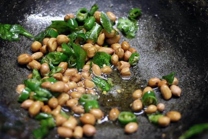 makhana chiwda recipe step 3