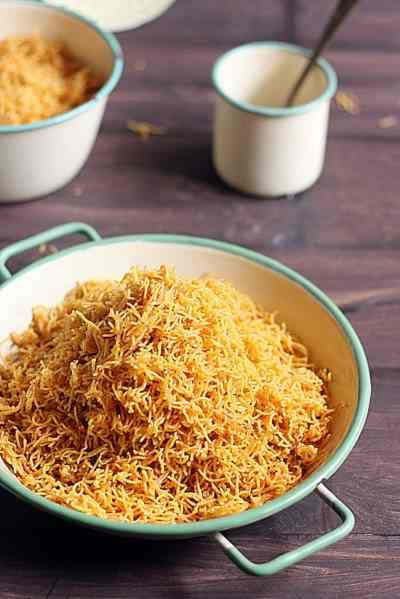 cheese sev recipe, how to make cheese sev recipe | Diwali 2017 snack recipes