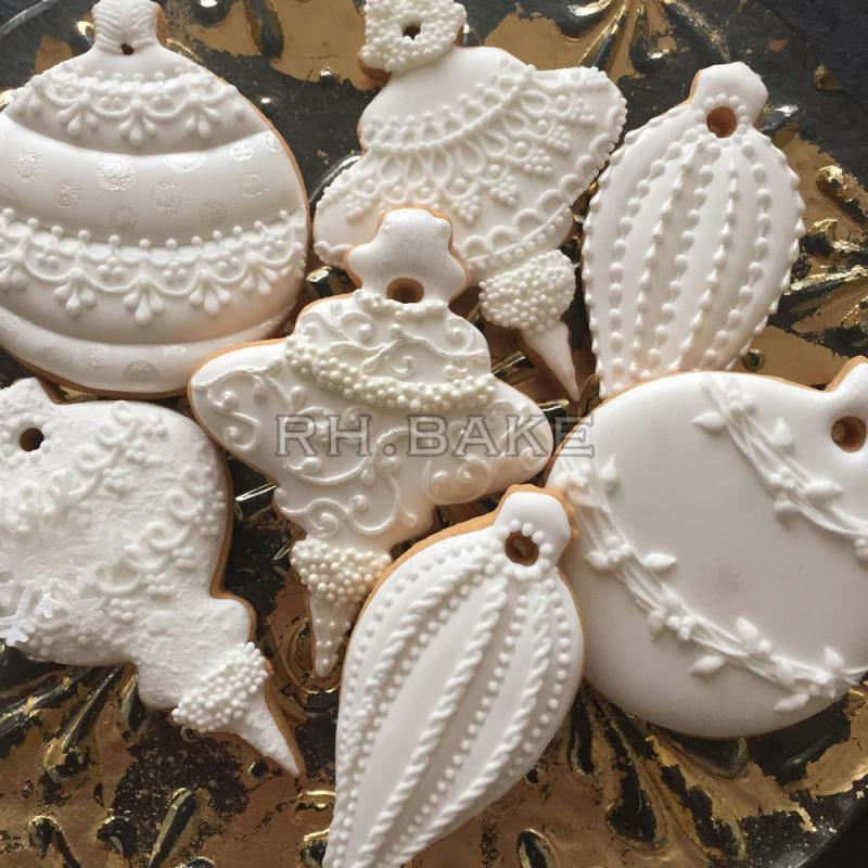 Large Of White Christmas Ornaments