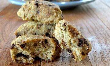 Chocolate Chip Scones (paleo, nut-free, low-carb) | Cook It Up Paleo