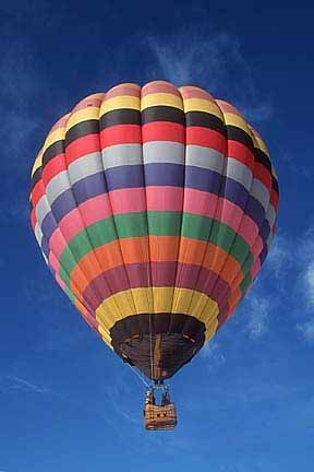 big pictures of hot air balloons