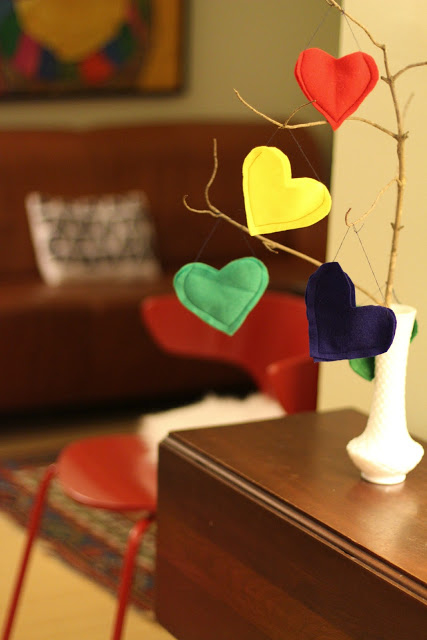 Valentine's Tree and Heart Pockets Full of Love - (cool) progeny