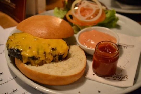 Flatschers Burger Deconstructed