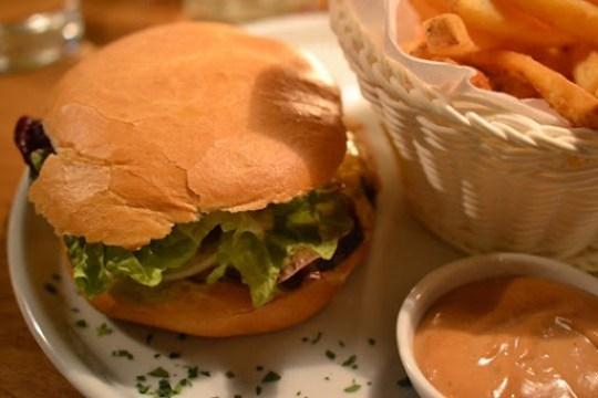 Flatschers Cheeseburger