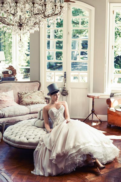 bridal-fashion-couture-high-society-connie-simonetti-wedding-dress