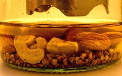 Delicious vegetal milk almonds cashew buckwheat inventing Vilk