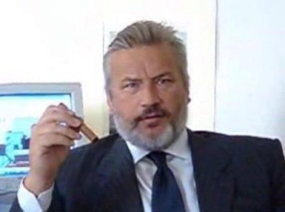 CORSERA MAGAZINE - CORSERA.IT SCRIVI AL DIRETTORE MATTEO CORSINI.IL VIDEO DELL'ATTACCO DI SILVIO ...