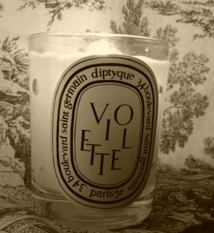 Burning while thinking of the color purple: Diptyque Violette (Violet) Candle - 6.5 oz
