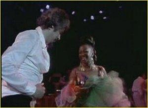 Pacheco y Celia Cruz en África, 1974