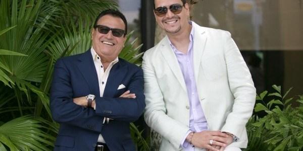 Victor Manuelle feliz por Ismael
