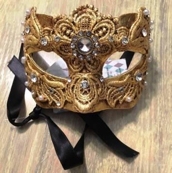 golden lace mask