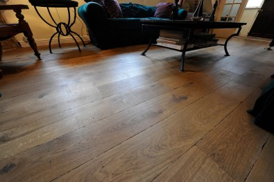 Reclaimed-floor-lounge