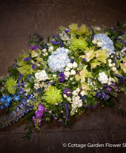 Funeral Sympathy Flowers from Dunstable Florist The Cottage