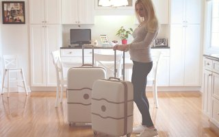10 Helpful & Healthy Tips for Traveling Pregnant