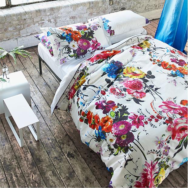 Summer Home Decor Ideas: colourful bedding