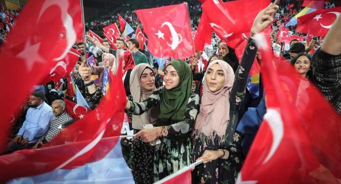 """Bosnia, la """"Jerusalén en el corazón de Europa"""" de Erdogan – Por Alon Ben Meir y Arbana Xharra"""