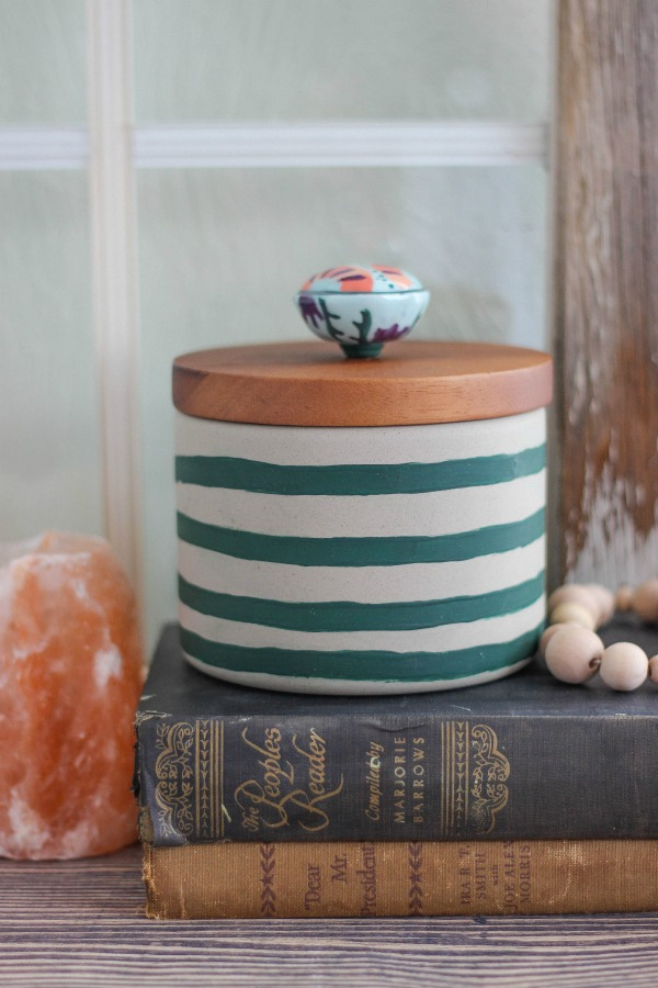 Hand-Painted-Striped-Concrete-Canister-with-Knob-Pull
