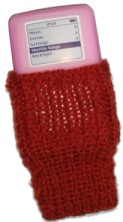 knitted-ipod-cozy