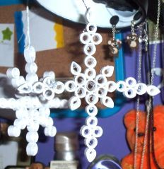 snowflakes-paper-quilled