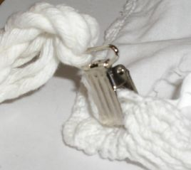 cushion-cover-clips