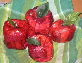 paper-mache-apples