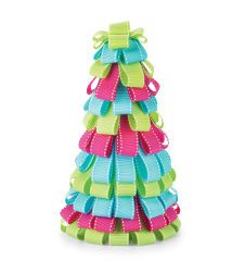 ribbon-tree-for-chirstmas